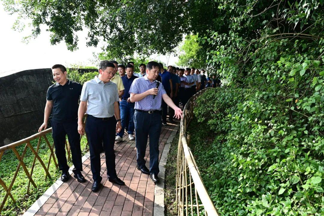 城市品质如何提升?黄江镇委书记带队考察了这些地方